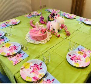 uschi polly - atelier up - malwerkstatt moedling-marketing moedling- kunstkurs modling- kunst workshop moedling- Uschi Polly- color up your life- einhorn geburtstag