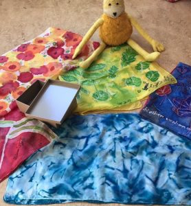 uschi polly - atelier up - malwerkstatt moedling-marketing moedling- kunstkurs modling- kunst workshop moedling- Uschi Polly- color up your life-seidentücher überblick